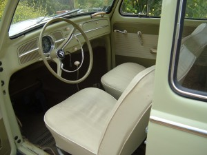 '61 VW Bug: Dashboard