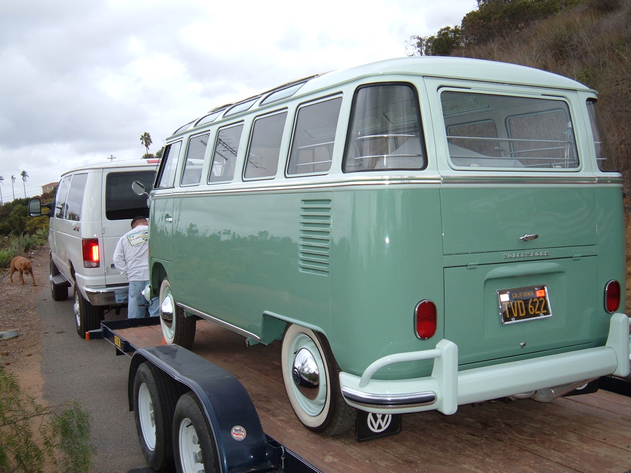 1963 vw 23 window bus rear view braxmeyer vintage for 1963 vw 23 window bus for sale